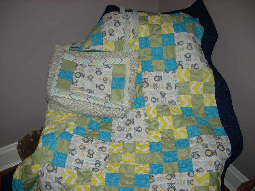 Nicole's baby quilt and bag